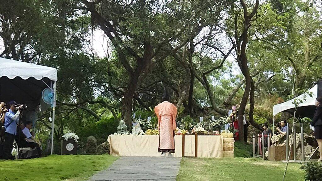 台日は物語を共有する家族 八田興一墓前祭 雅楽師東儀秀樹奉納演奏 & 講演と演奏の夕べ